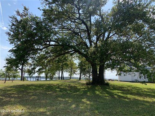 Photo of 141 Deepwater Drive, Stella, NC 28582 (MLS # 100266971)