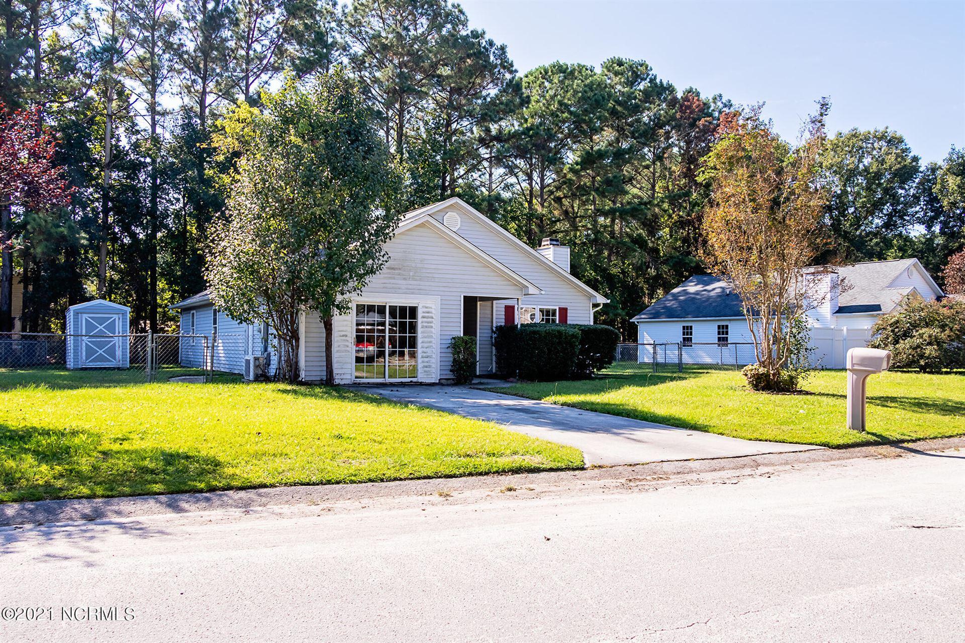Photo of 1167 Shroyer Circle, Jacksonville, NC 28540 (MLS # 100295974)