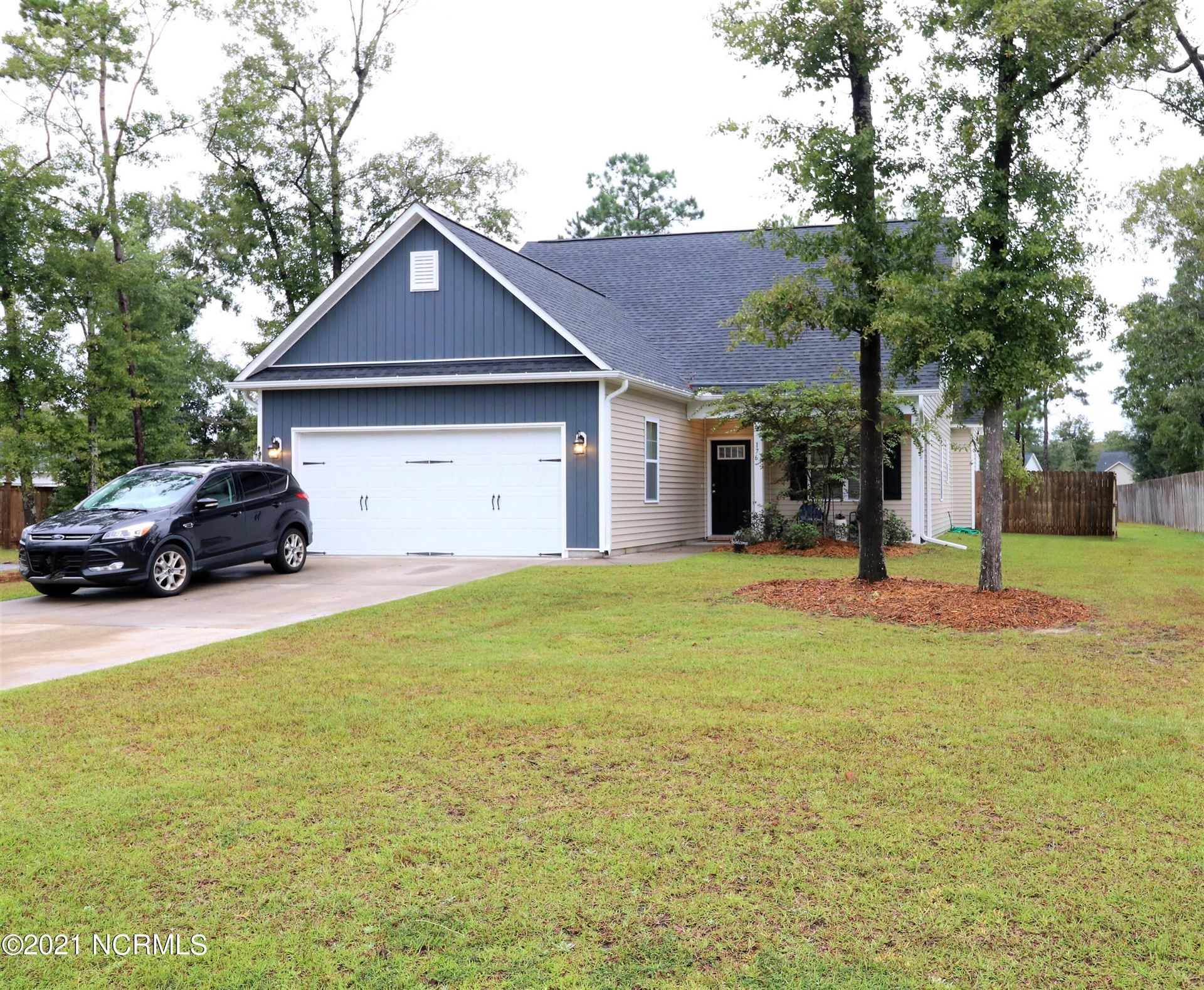 Photo of 176 Bronze Drive, Rocky Point, NC 28457 (MLS # 100291975)