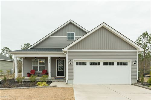 Photo of 423 Pebble Shore Drive, Sneads Ferry, NC 28460 (MLS # 100199977)