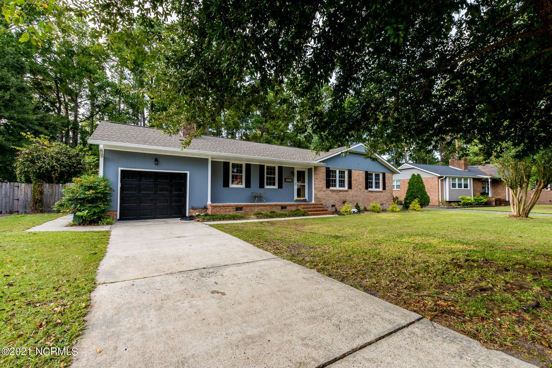 Photo of 1405 Clifton Road, Jacksonville, NC 28540 (MLS # 100293977)