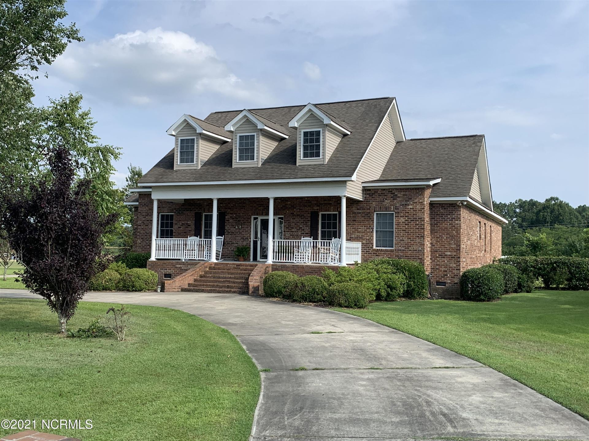 Photo of 12120 Monticello Drive, Laurinburg, NC 28352 (MLS # 100282983)
