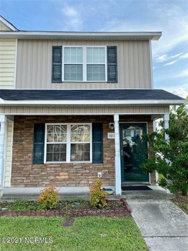 Photo of 1011 Grandeur Avenue, Jacksonville, NC 28546 (MLS # 100275985)