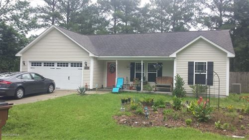 Photo of 405 W Peyton Place, Maple Hill, NC 28454 (MLS # 100224986)