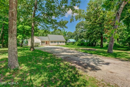 Photo of 131 Bannermans Mill Road, Richlands, NC 28574 (MLS # 100276986)