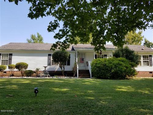 Photo of 210 Oakmont Drive, Hampstead, NC 28443 (MLS # 100208987)
