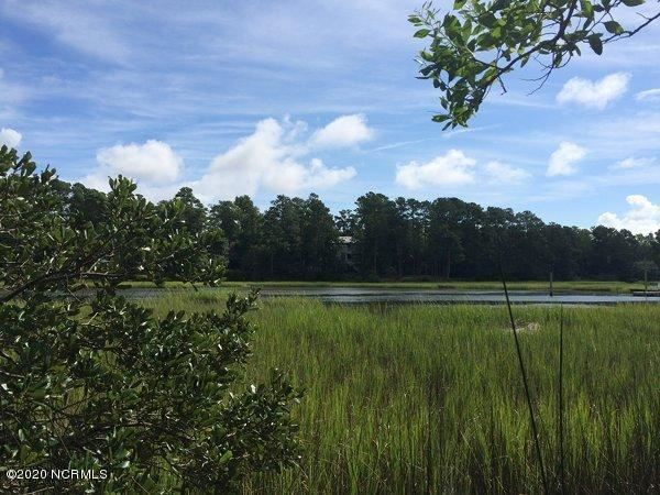 Photo for 214 Point Drive, Wilmington, NC 28411 (MLS # 100243987)