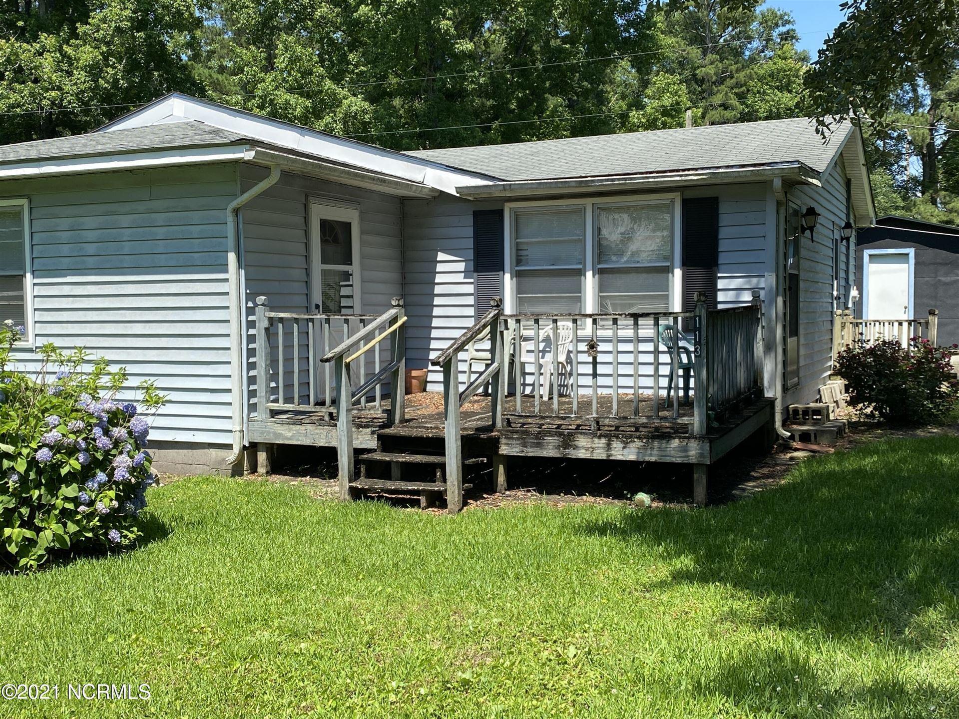 Photo for 113 Rodeo Lane, Jacksonville, NC 28540 (MLS # 100276987)