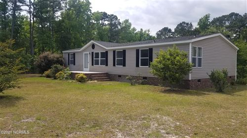 Photo of 300 Pond View Court, Hampstead, NC 28443 (MLS # 100272988)