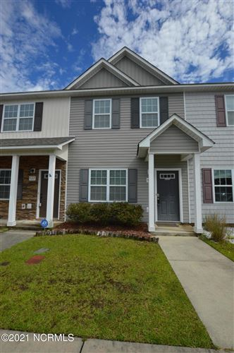 Photo of 529 Oyster Rock Lane, Sneads Ferry, NC 28460 (MLS # 100259991)