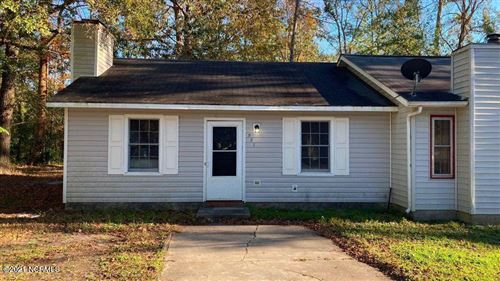 Photo of 921 Sycamore Place, Jacksonville, NC 28540 (MLS # 100251994)