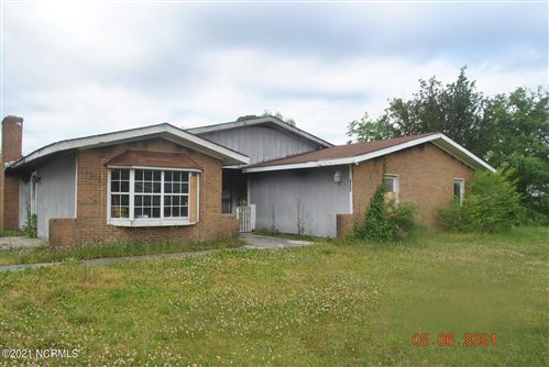 Photo of 7003 Woodleaf Place, Jacksonville, NC 28546 (MLS # 100269998)