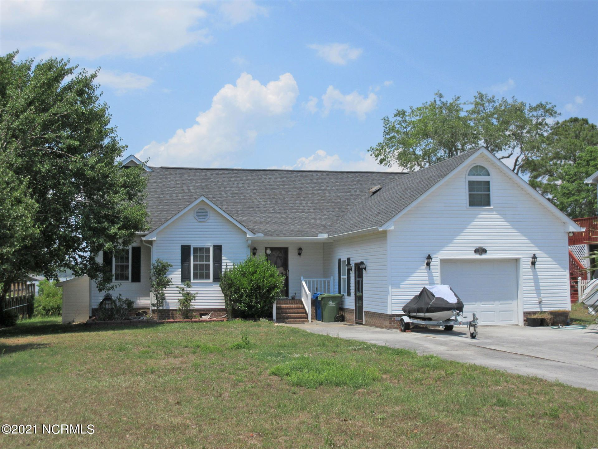 751 Chadwick Shores Drive, Sneads Ferry, NC 28460 - #: 100273999