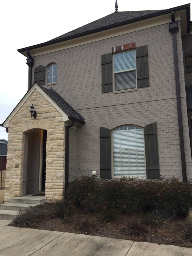 Photo for 3001 Old Taylor Rd #501, OXFORD, MS 38655 (MLS # 142043)