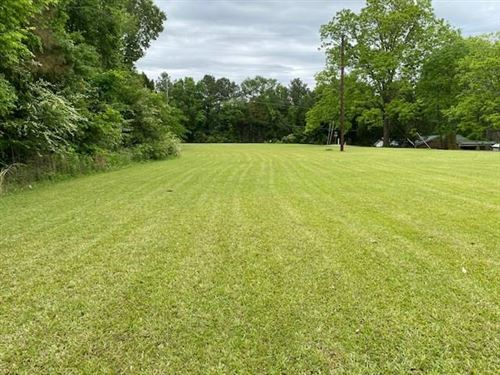 Photo of 1512 South 16th Ext, OXFORD, MS 38655 (MLS # 148183)
