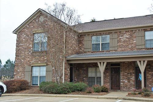 Photo of 2150 Anderson #1001, OXFORD, MS 38655 (MLS # 147310)