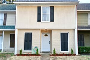 Photo of 2005 BARRY COVE, OXFORD, MS 38655 (MLS # 142374)