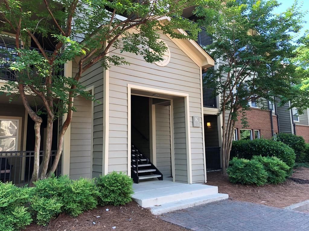 Photo for 2100 Old Taylor Road #241, OXFORD, MS 38655 (MLS # 140524)