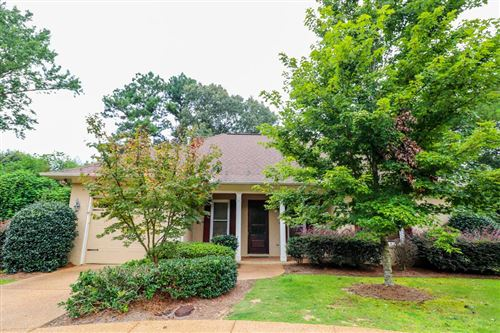 Photo of 104 Williamsburg Cove, OXFORD, MS 38655 (MLS # 147551)