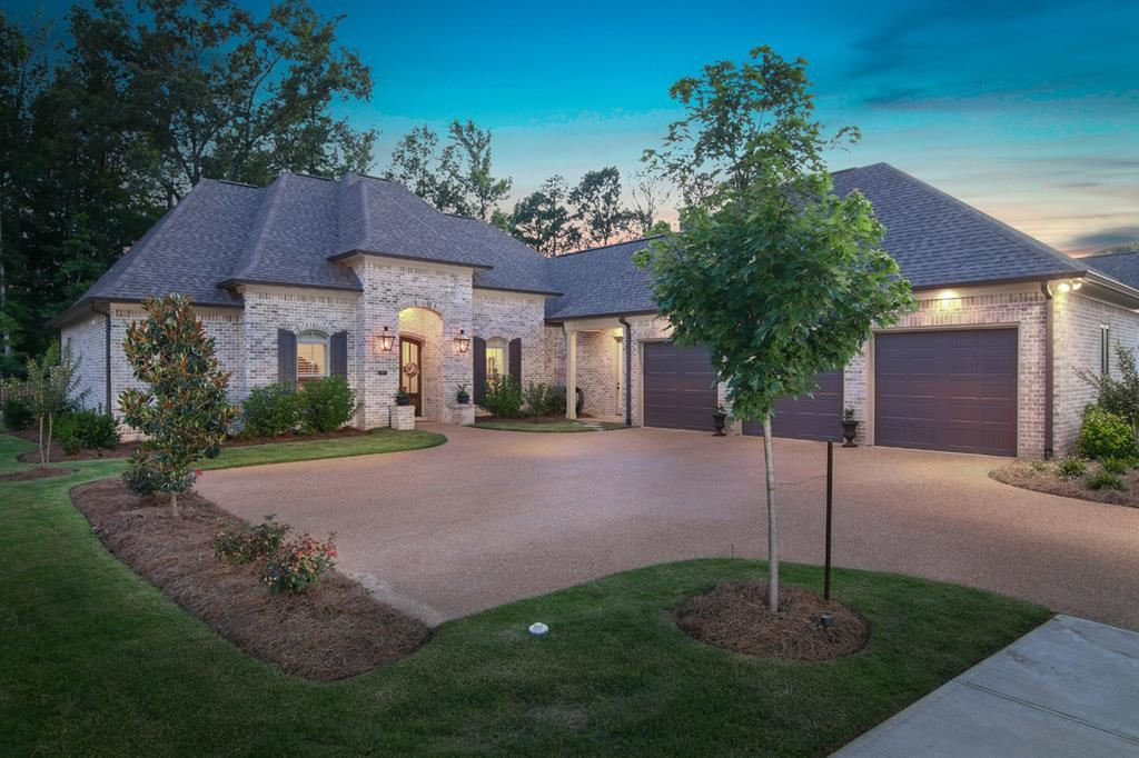Photo for 609 Sweetgum Lane, OXFORD, MS 38655 (MLS # 140714)