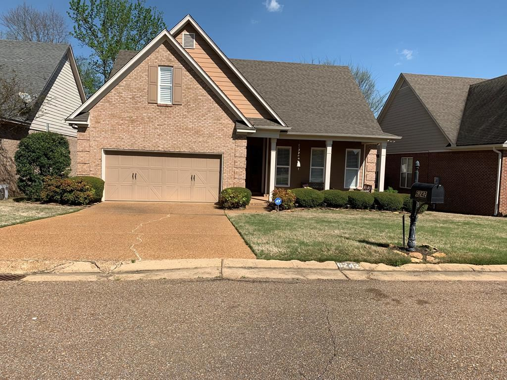 Photo for 6242 Charleston Court, OXFORD, MS 38655 (MLS # 142837)