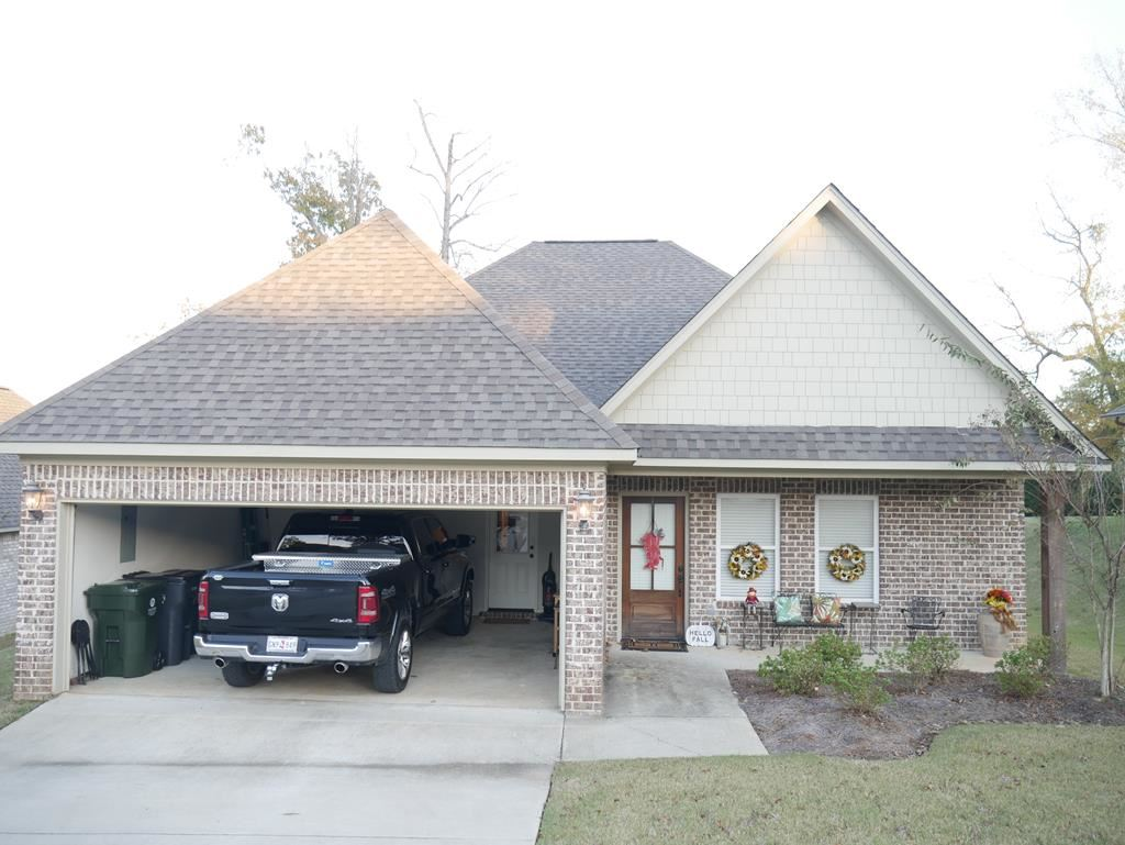 Photo for 205 Forest Glen Dr., OXFORD, MS 38655 (MLS # 141850)