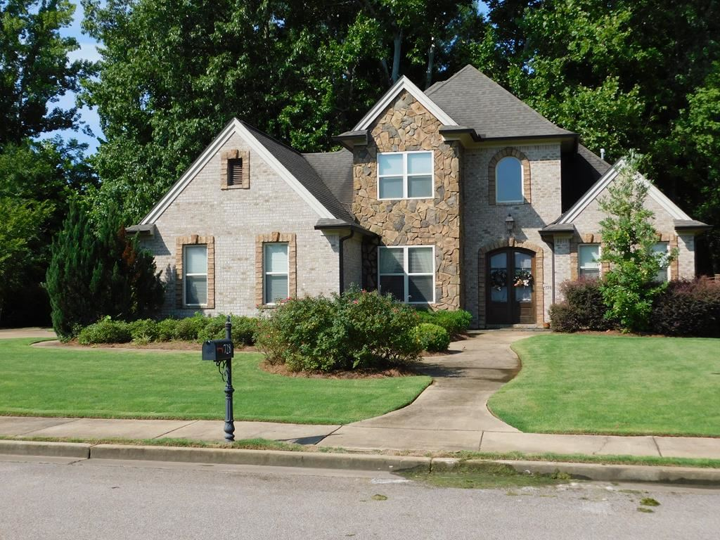 Photo for 728 Nottingham Drive, OXFORD, MS 38655 (MLS # 140898)