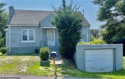 Photo of 236 Meadowlane Avenue, Fairmont, WV 26554 (MLS # 10140069)