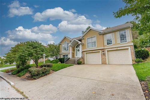 Photo of 1462 Lakeland Avenue, Morgantown, WV 26505 (MLS # 10140075)