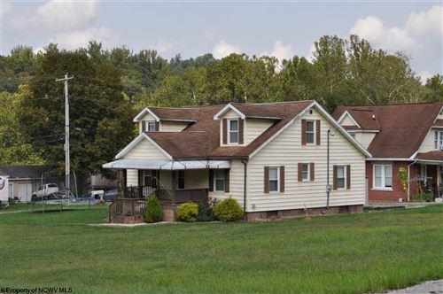 Photo of 1743 Colfax Road, Fairmont, WV 26554 (MLS # 10140084)