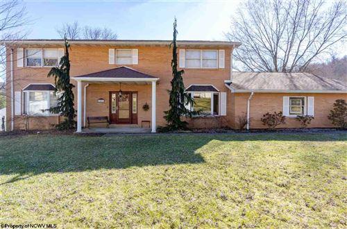 Photo of 1417 Downwood Manor Drive, Morgantown, WV 26508 (MLS # 10140142)
