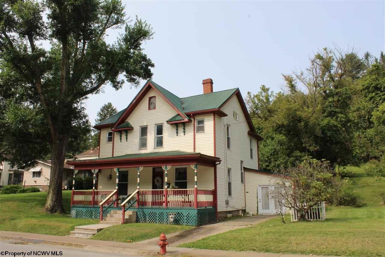 Photo for 195 W Main Street, Salem, WV 26426 (MLS # 10134158)