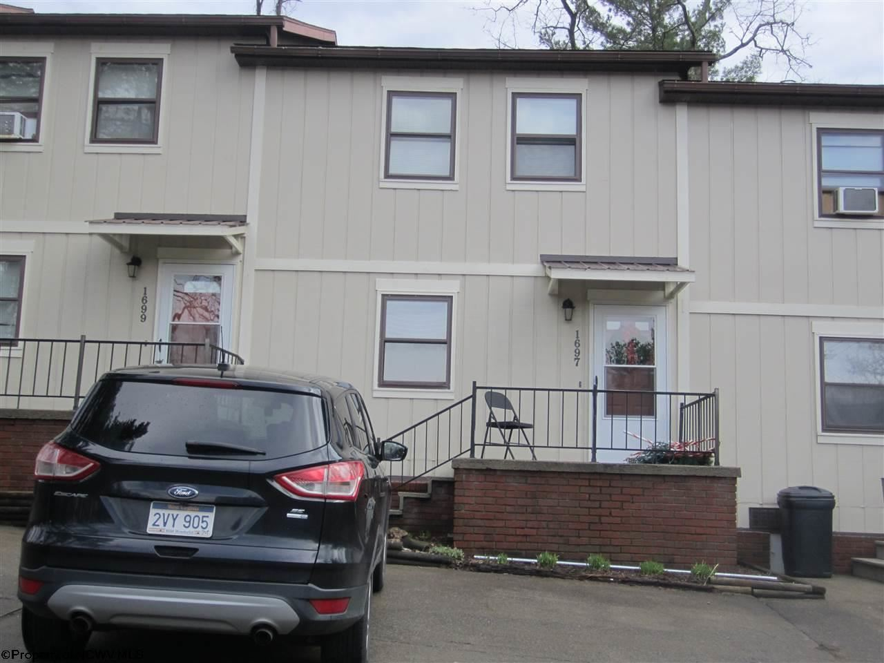 Photo for 1697 Van Voorhis Road, Morgantown, WV 26505 (MLS # 10131225)