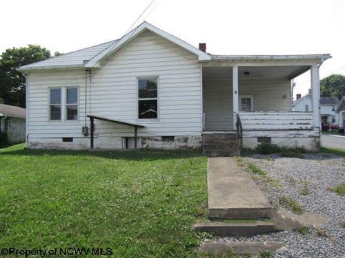 Photo of 401 Pike Street, Barrackville, WV 26559 (MLS # 10139305)