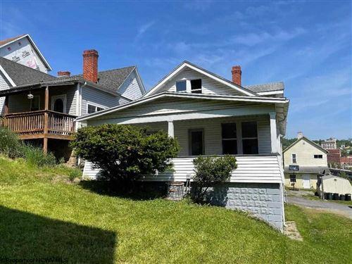 Photo of 414 1/2 COLUMBIA Street, Fairmont, WV 26554 (MLS # 10138340)