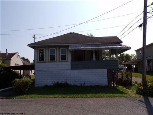 Photo of 205 Edison Street, Fairmont, WV 26554 (MLS # 10139442)