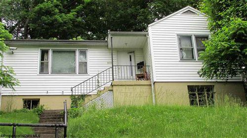 Photo of 1320 Hillside Drive, Fairmont, WV 26554 (MLS # 10138444)