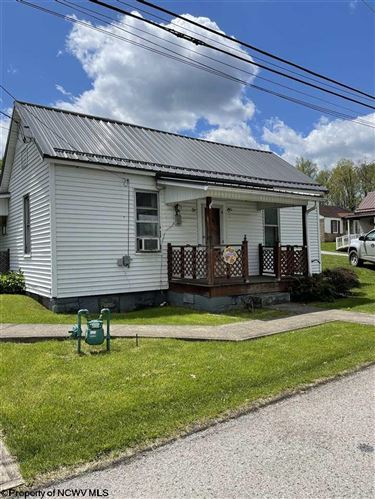Photo of 134 Hunsaker Street, Fairmont, WV 26554 (MLS # 10137558)
