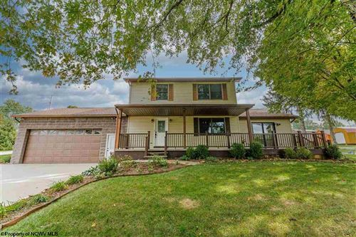 Photo of 14 Orchard Acres Drive, Morgantown, WV 26508 (MLS # 10140575)