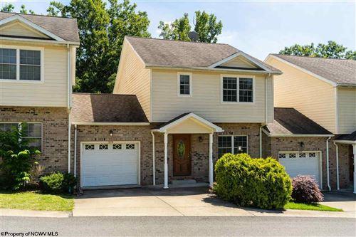Photo of 304 Villa View Drive, Morgantown, WV 26505 (MLS # 10138604)