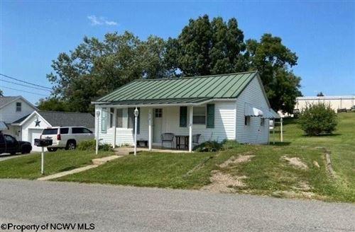 Photo of 512 Park Street, Bridgeport, WV 26330 (MLS # 10140614)