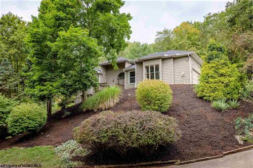 Photo of 937 Southpoint Circle, Morgantown, WV 26505 (MLS # 10139631)