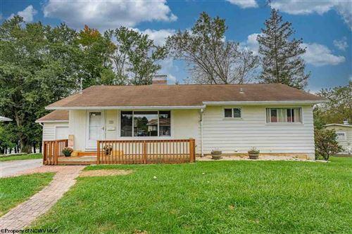 Photo of 456 Hillview Drive, Morgantown, WV 26505 (MLS # 10140640)