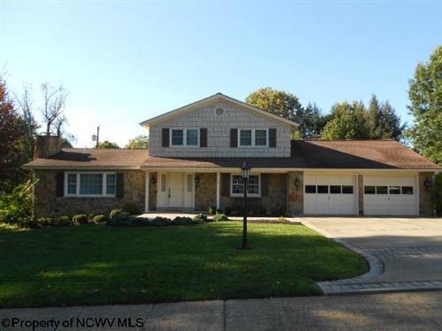 Photo of 782 W Shannon Road, Bridgeport, WV 26330 (MLS # 10140641)