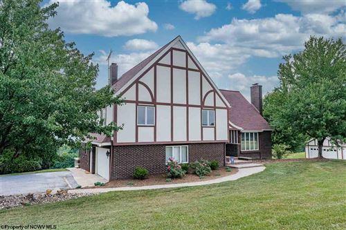 Photo of 283 Seneca Hills Estates, Morgantown, WV 26508 (MLS # 10138856)