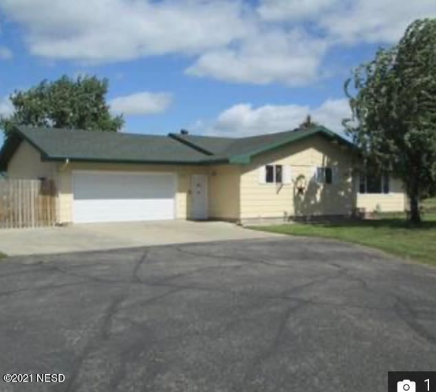 Photo of 917 14TH AVENUE NW, Watertown, SD 57201 (MLS # 30-4171)