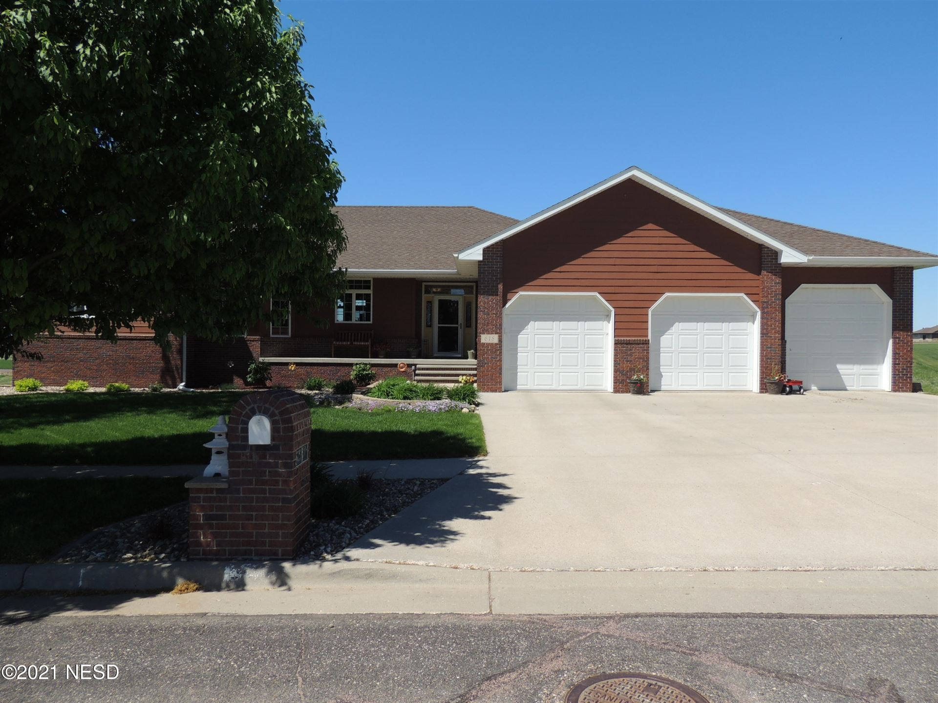 Photo of 618 CRYSTAL COURT NW, Watertown, SD 57201 (MLS # 33-1694)
