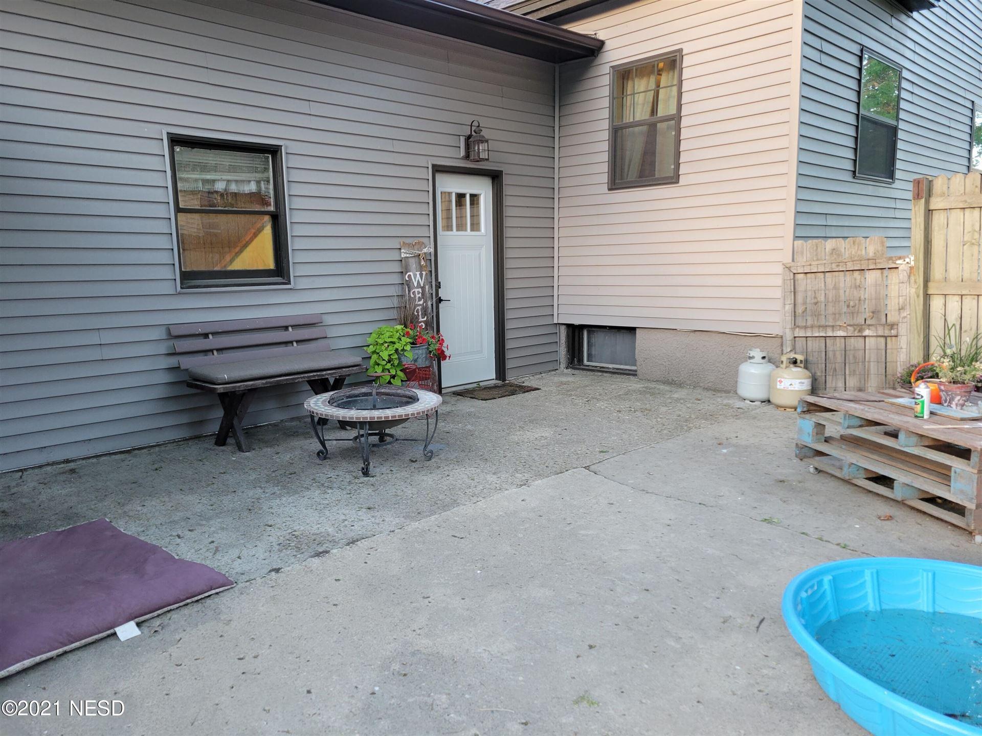Photo of 603 S MAPLE STREET, Watertown, SD 57201 (MLS # 33-1704)