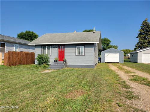 Photo of 206 15TH STREET NW, Watertown, SD 57201 (MLS # 33-1720)