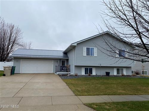 Photo of 2121 12TH AVENUE NE, Watertown, SD 57201 (MLS # 32-1889)